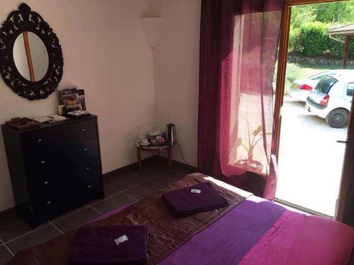Studio dans les bois : Apartment near Baron