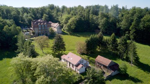 Logis Hôtel Notre-Dame : Hotel near Réding