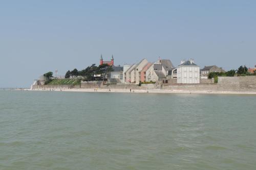 Cote Port : Apartment near Regnière-Écluse