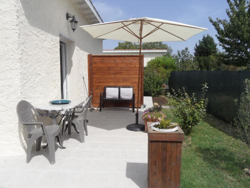 Maison des Merles : Guest accommodation near Pins-Justaret