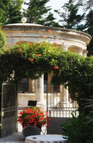 Le Clair de la Plume - Les Collectionneurs : Hotel near Grignan