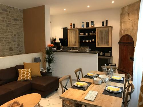 Appartements nimes : Apartment near Caissargues