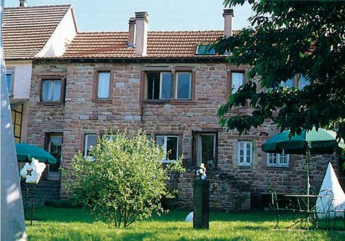 Relais des Marches de l'Est - A Lotel : Bed and Breakfast near Cosswiller