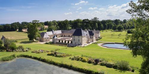 Manoir de Cléronde : Bed and Breakfast near Mosles