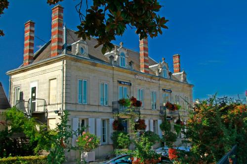 Hotel The Originals Libourne Nord Henri IV (ex Inter-Hotel) : Hotel near Le Fieu