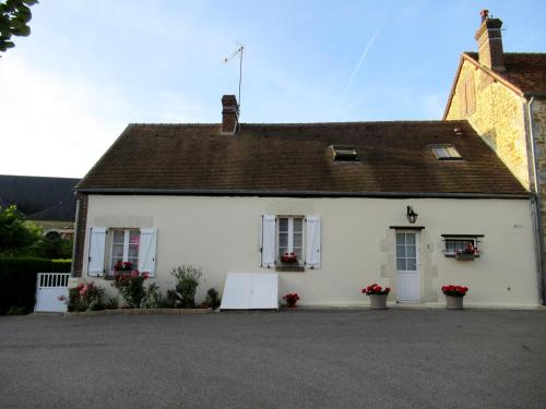La Maison de Printemps : Bed and Breakfast near Courtomer
