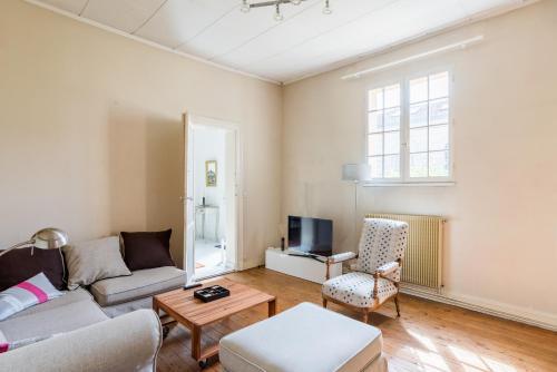 Luckey Homes - Rue du Haut-Brion : Guest accommodation near Gradignan