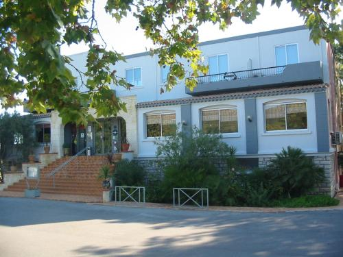 Hôtellerie De Balajan : Hotel near Mireval