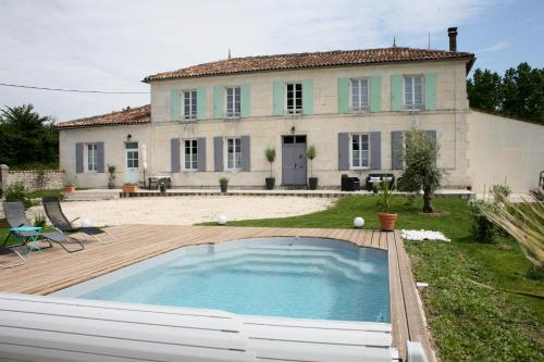 Au Coeur des Vignes : Bed and Breakfast near Jarnac-Champagne