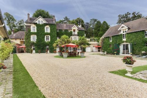 Manoir des Cavaliers - BnB : Bed and Breakfast near Pont-Sainte-Maxence