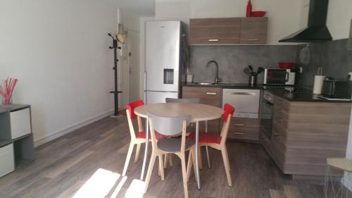 Appartement De Charme Au Calme : Apartment near Castelnau-le-Lez