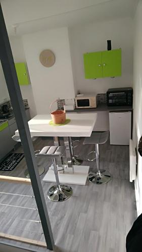 Charmant appartement a dunkerque : Apartment near Looberghe