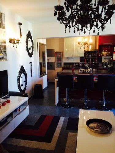 Appartement Moderne Borrigo : Apartment near Gorbio