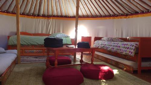 Aux Yourtes de La Fabrique : Guest accommodation near La Roche-sur-Yon