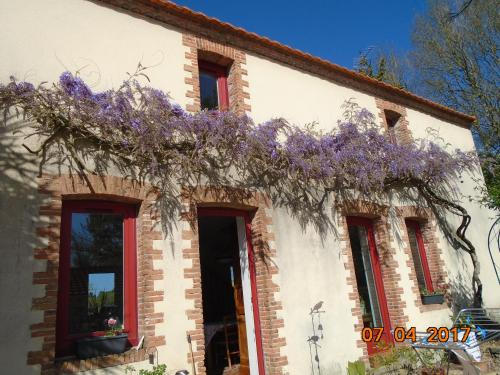 Les Trois Etangs : Bed and Breakfast near Frossay