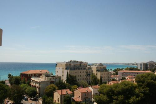Appartement BACCARA : Apartment near Cagnes-sur-Mer