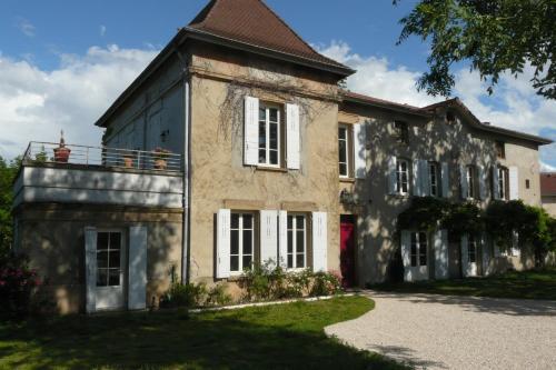 Chambres d'hôtes Du Goût et des Couleurs : Bed and Breakfast near Saint-Romain-de-Jalionas