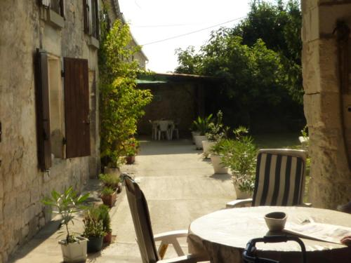 la Belle Charentaise : Guest accommodation near Criteuil-la-Magdeleine