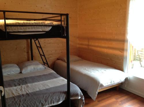 Les maisons de TIMI ...maison Salamandre : Guest accommodation near Salles