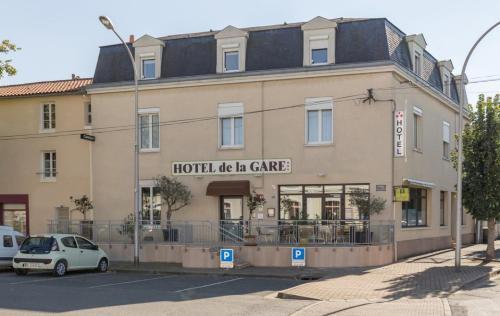 Hôtel de la Gare : Hotel near Saint-Léger-de-Montbrun