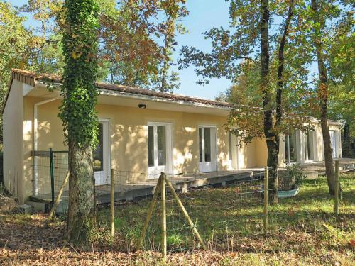 Ferienhaus Hourtin 125S : Guest accommodation near Naujac-sur-Mer