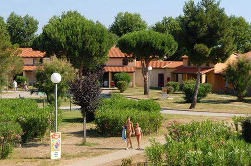 Azureva Saint Cyprien : Guest accommodation near Latour-Bas-Elne