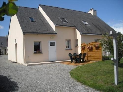 House Ker huel : Guest accommodation near Saint-Lyphard