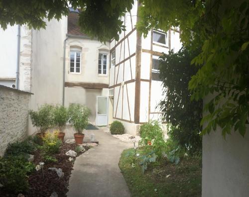 Au Coeur de Nuits : Bed and Breakfast near Pagny-le-Château