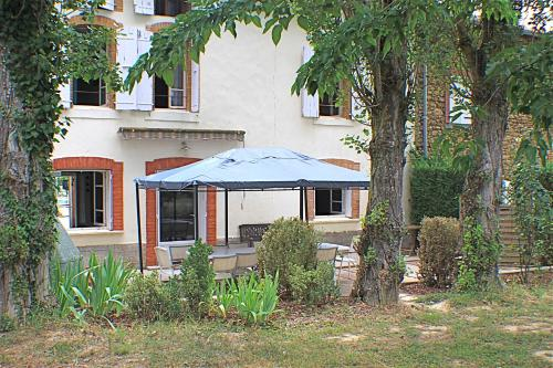 Gite La Luciole : Guest accommodation near Rieucros