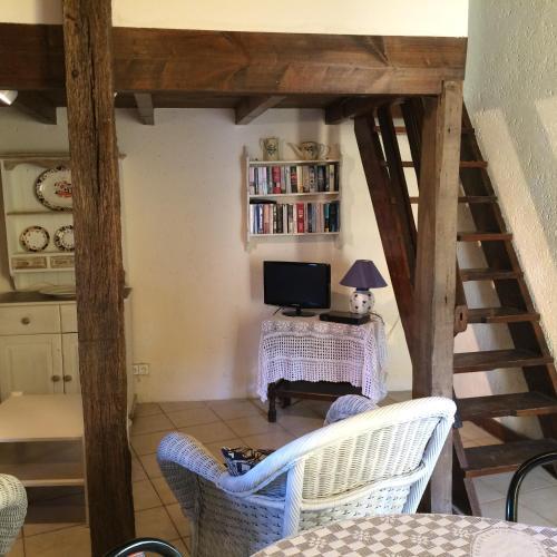 Domaine De Beausoleil : Guest accommodation near Montauriol
