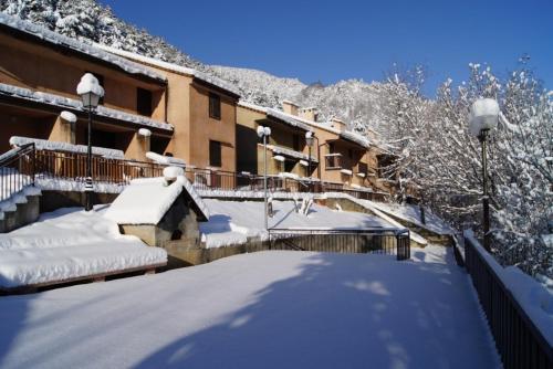 Vacancéole - Résidence Les Gorges Rouges : Guest accommodation near Guillaumes