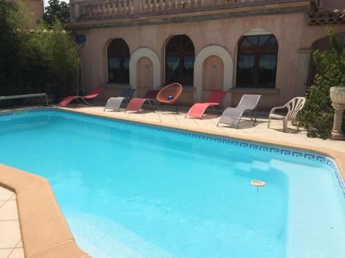 Gandia : Guest accommodation near Aigues-Vives