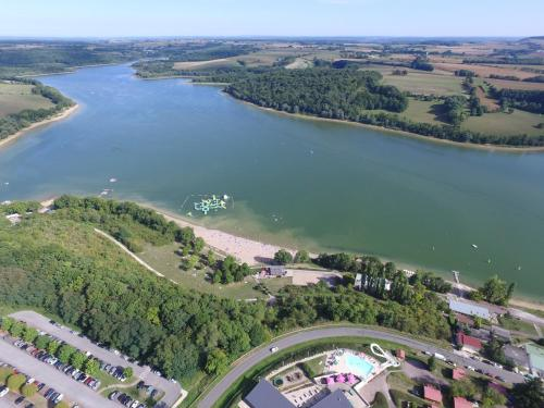 Camping de la Liez : Guest accommodation near Saints-Geosmes