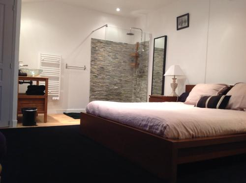 Guest room Bordeaux centre : Guest accommodation near Talence