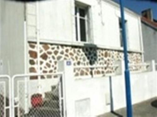 House Maison proche commerces : Guest accommodation near Saint-Gilles-Croix-de-Vie