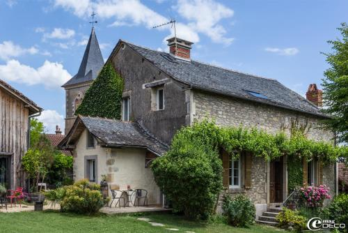 La Maison de Louna : Bed and Breakfast near Sainte-Croix