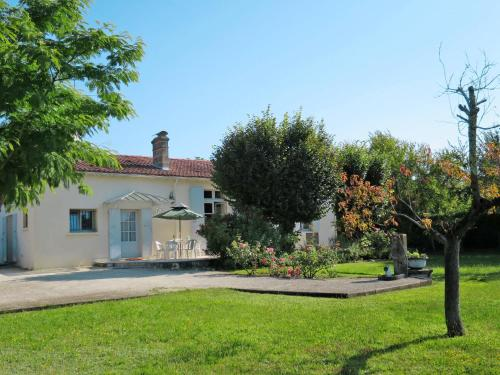 Ferienhaus Castelnau-de-Medoc 100S : Guest accommodation near Margaux