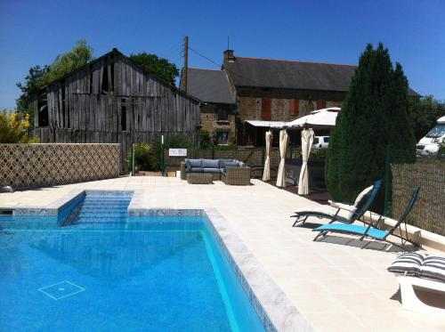 Les Maricotais : Bed and Breakfast near Saint-Domineuc