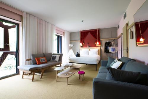 MOB HOTEL Lyon Confluence : Hotel near Sainte-Foy-lès-Lyon