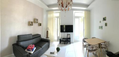 Appartement Design Meublé Marseille Centre Lonchamp : Apartment near Marseille 4e Arrondissement