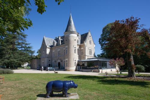 Château des Reynats : Hotel near Coulounieix-Chamiers