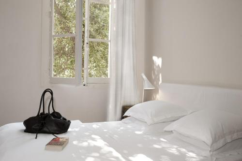 Maison Dauphine : Bed and Breakfast near Aix-en-Provence
