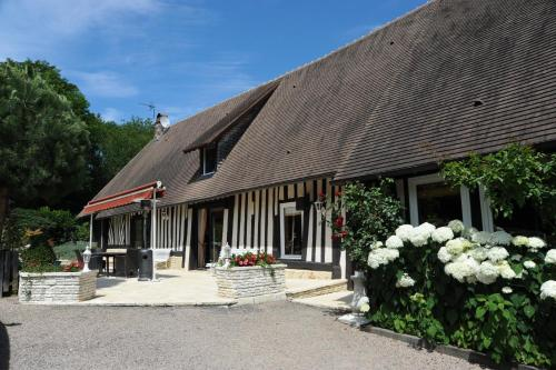 Le Vieux Pressoir : Bed and Breakfast near Saint-André-d'Hébertot