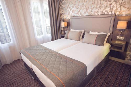 Timhotel Paris Gare de l'Est : Hotel near Paris 10e Arrondissement