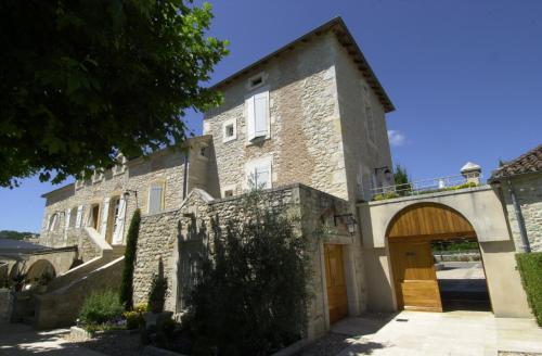 Hostellerie Clau del Loup - Logis Hotels : Hotel near Carnac-Rouffiac