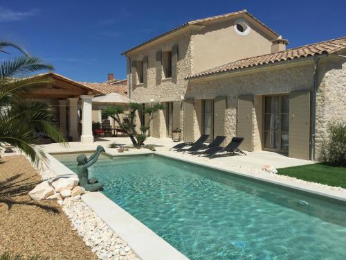 UZES - CEVENNES ET DECOUVERTES : Bed and Breakfast near Uzès