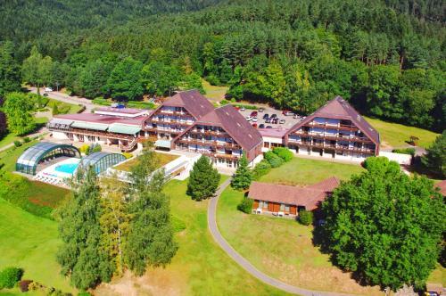 Village Vacances Cap France La Bolle : Guest accommodation near La Petite-Fosse