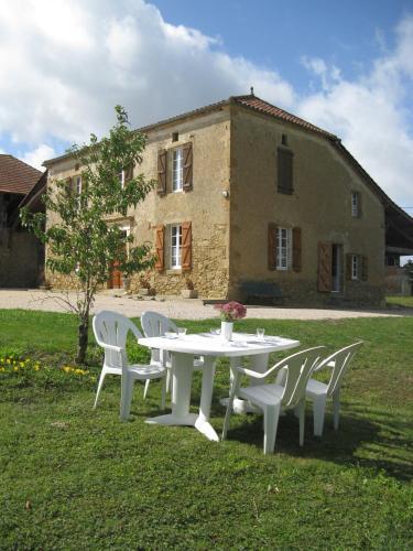 Au Guitou : Guest accommodation near Artagnan
