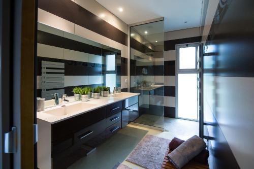 Villa with pool : Guest accommodation near Saint-Martin-de-Seignanx