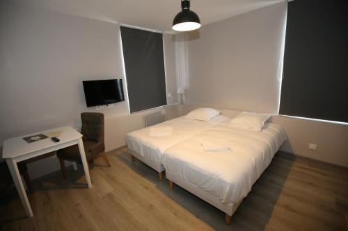 L'Hotel De France : Guest accommodation near Leers